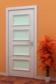 Bela sobna vrata sa 4 otvora za staklo